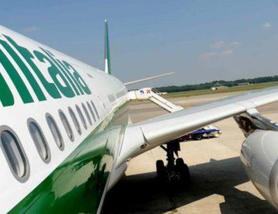 Dopo intervento Antitrust, Alitalia e Volotea offrono rimborso per voli cancellati